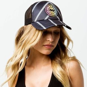 NWT Billabong Heritage Mashup Women's Trucker Hat